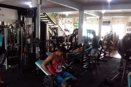 DMC Fitness Academia