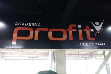 Academia Pro Fit Cosmorama -