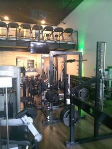 V8 Sport Center