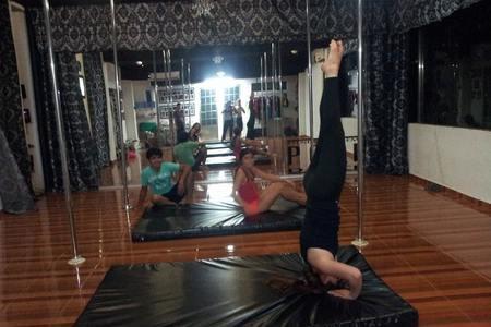 Pole Dance Fitness Academy Cancun