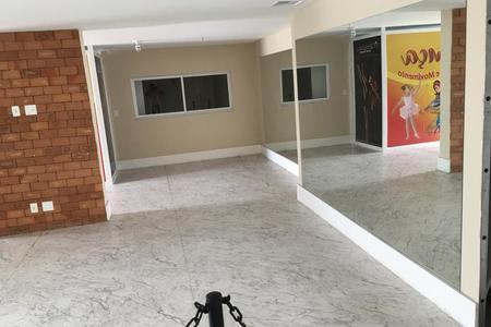 ESCOLA DE DANCA PASSOS CERTOS (Studio Noyma's)