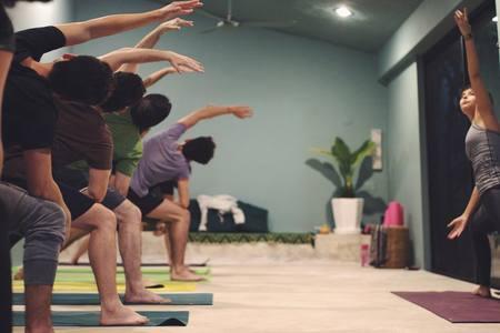 Raíz Yoga