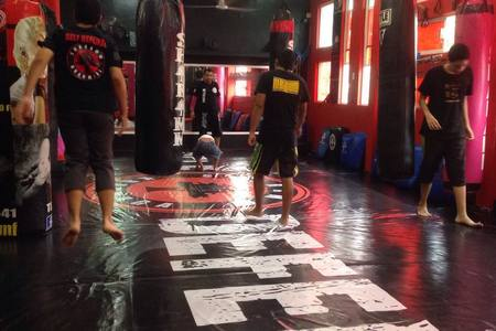 Sharamm KRAV MAGA SELF Defense Madero -