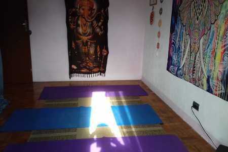 Eugenia Yoga e Terapias Corporais -