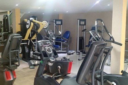 Academia Top Fitness Bangu -