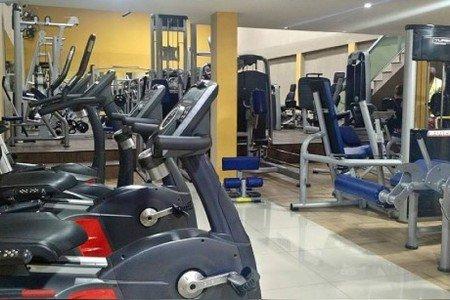 Academia Top Fitness Bangu