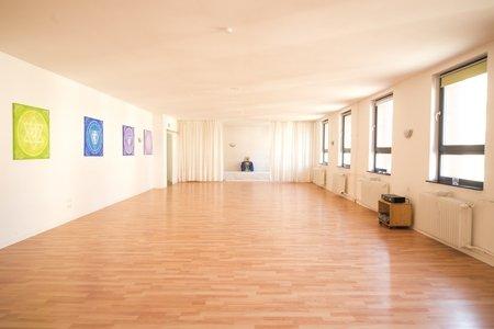 Kundalini YogaCenter Frankfurt, Inhaber Matthias Langer