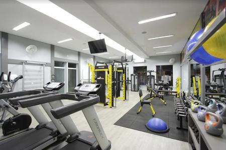 R4 Training - Studio -