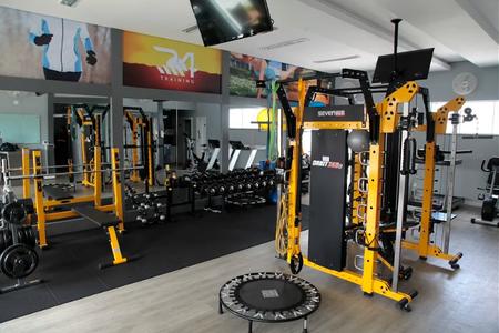 R4 Training - Studio