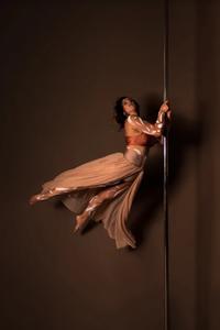 Lumina Pole Studio -
