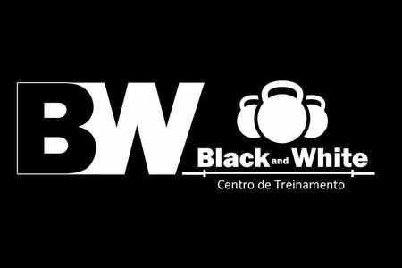 Equipe black and white