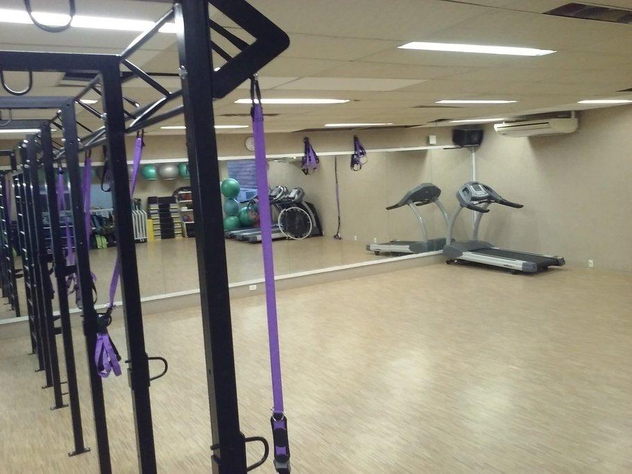 db9337485 Academia Gym Center Jardim Botânico - Jardim Botânico - Rio de ...
