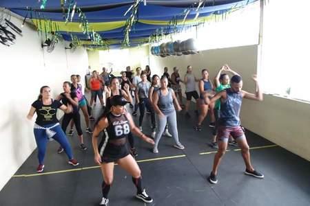 Mania Fitness Academia