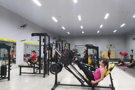 Alpha Gym Academia -