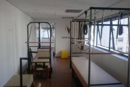 Essenza Pilates -