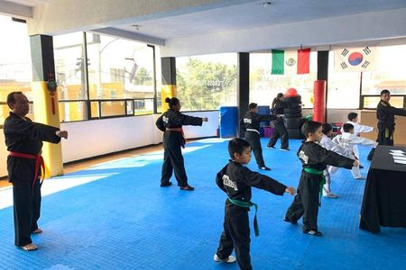 Escuelas Korehaii Lima Lama Cofradía