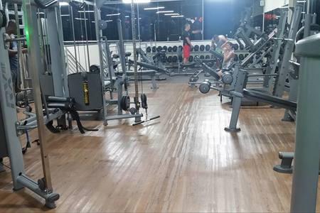 Academia Topázio Fitness -