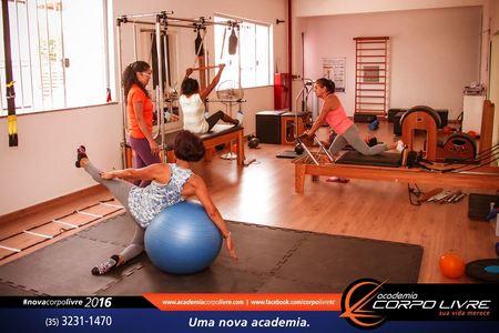 Academia Corpo Livre