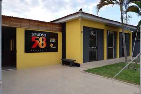 Studio 58 -