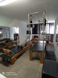 Giovana Pezzini Fisioterapia e Pilates -