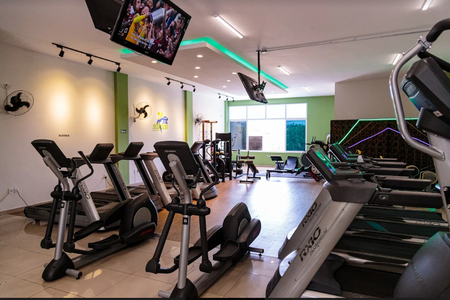 Fit Solution Academia -