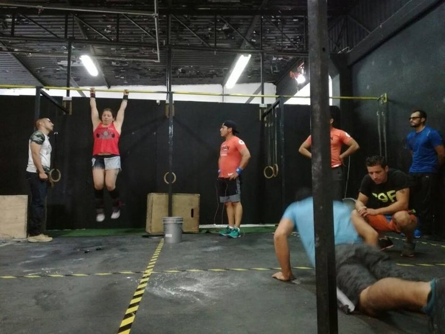 Gimnasio c 9 f crossfit elite training el potrero for Gimnasio 9f