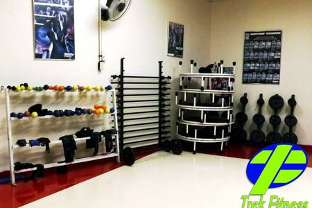 Fit Center Dorys -