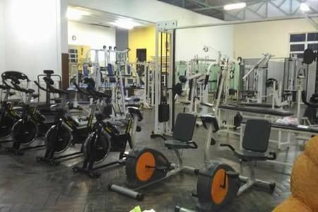 Academia Physical Training -