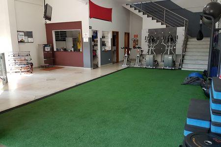 Fly Fitness Academia