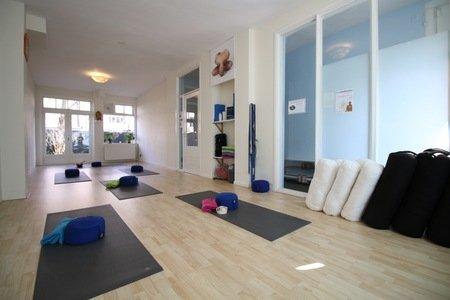 You Can Yoga Aalsmeerweg -