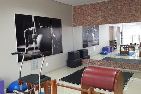 Carla Valério Barbiero Fisioterapia e Pilates -