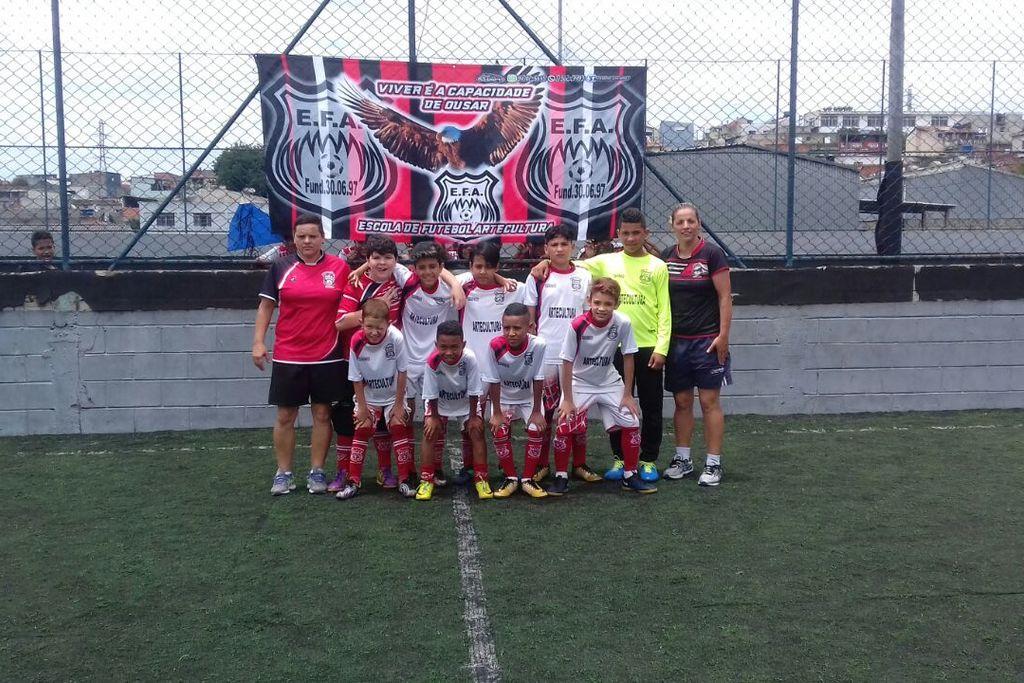 Academia Efa – Escola De Futebol Artecultura Society - Tremembé ... 33433fd2eb772