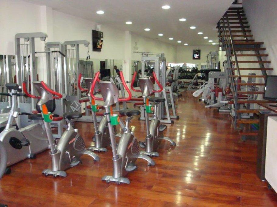 Fit life gimnasio rosario santa fe santa fe 1 de for Gimnasio fitness rosario