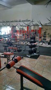 Academia Hermanos Fitness I -