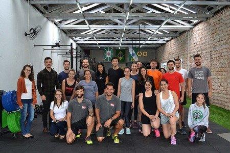 6db9d1e78 Academias com Loja De Artigos Esportivos em Curitiba - PR - Brasil ...