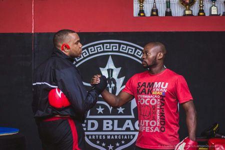 Red Black Artes Marciais -
